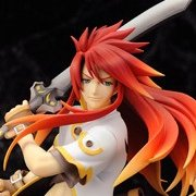 Tales of the Abyss 1/8 Scale Pre-painted PVC Figure: Luke fon Fabre