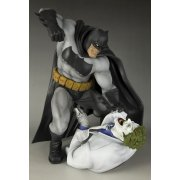 ARTFX Batman Dark Knight Return 1/6 Scale Pre-Painted PVC : Hunt the Dark Knight Completed Ver.